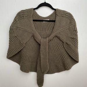 Burberry OS knit capelet